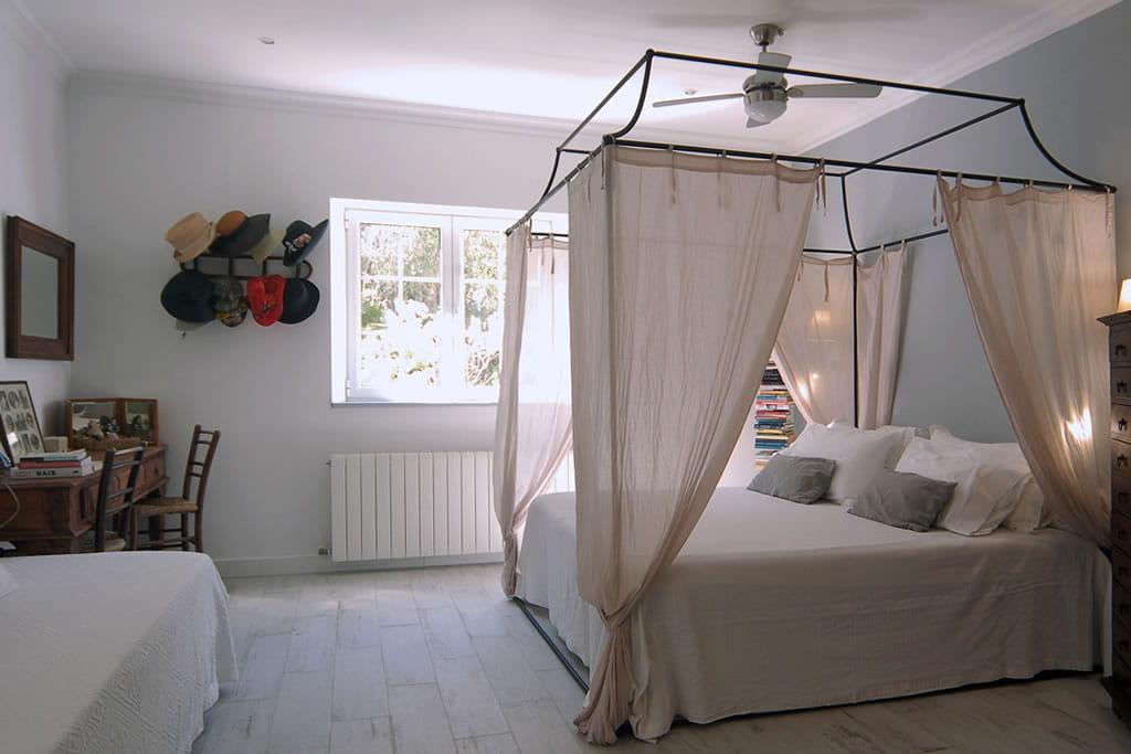 Saint-Exupery è il nome della camera di Gloria, suite con bagno en suite