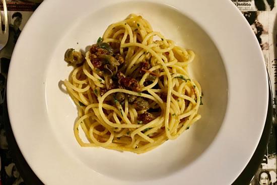 """Espaguetis con """"bottarga"""" de mújol de Sardinia"""