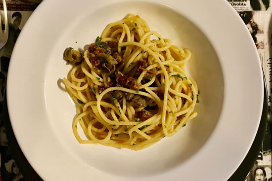 "Spaghetti with bottarga and Mediterranean flavours ""in my way"" (Gloria's recipe)"