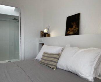 stanza da letto con bagno Gandhi Binimares